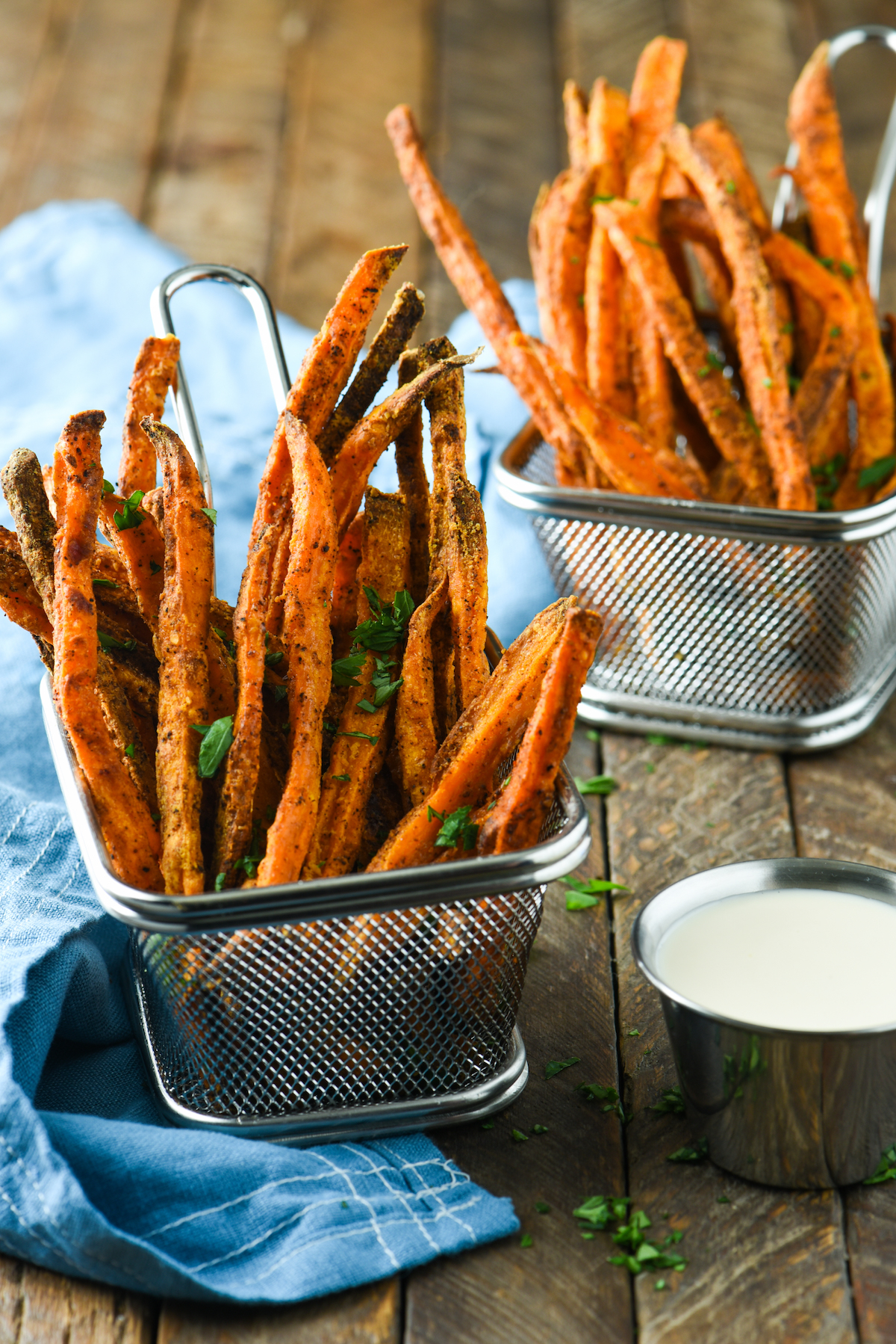 baked-sweet-potato-fries-with-creamy-mango-dipping-sauce-2