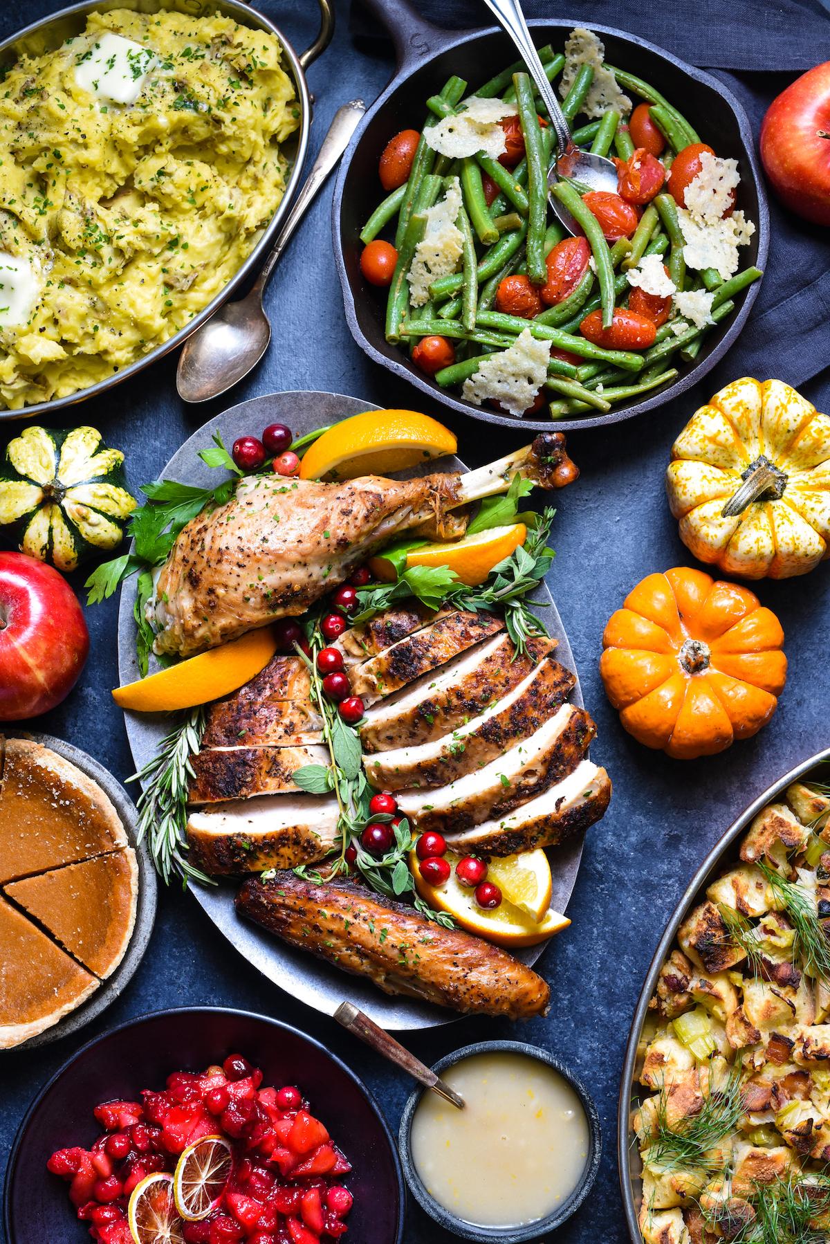 Epic Thanksgiving Dinner Table